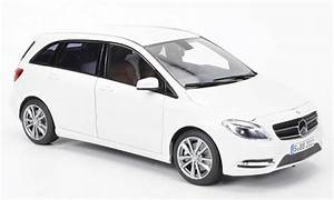Mercedes Classe C Blanche : mercedes classe b miniature b180 blanche 2011 norev 1 18 voiture ~ Maxctalentgroup.com Avis de Voitures