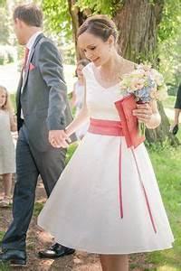 Kleid Koralle Hochzeit : 98 besten standesamt dein perfektes hochzeitskleid bilder auf pinterest abendkleid ballkleid ~ Orissabook.com Haus und Dekorationen