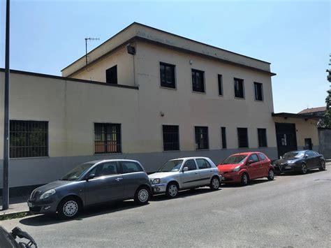 capannoni industriali  milano  vendita  affitto