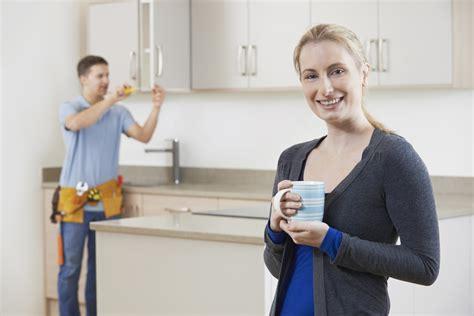 cuisine pose le prix de l 39 installation de meubles de cuisine par des
