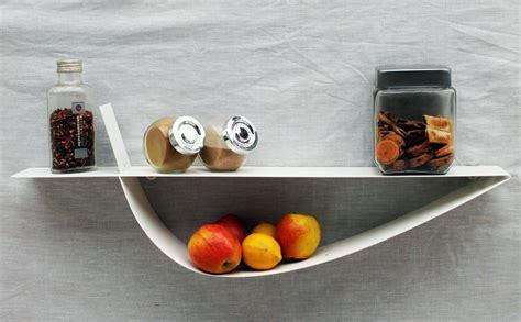 etagere murale cuisine etagère murale blanche étagère design métal tablette