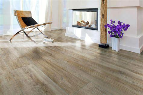 Holzdielen Traditioneller Bodenbelag Mit Modernem Komfort by Parkett Mehr Komfort Mehr Gemt 252 Tlichkeit Bessere