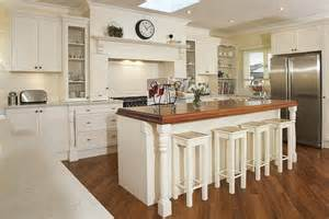 French Country Kitchens Ideas in Blue and White Colors