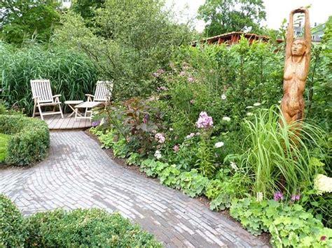 Kleine Sitzplätze Im Garten by Kleine G 228 Rten Harmonisch Gestalten Es Gr 252 Nt Garten