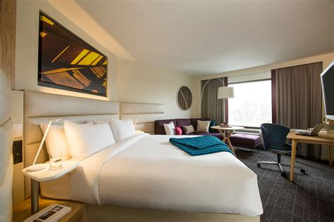 hotel guest room design crowne plaza 174 hotels resorts unveils next generation guest room for the modern business traveller