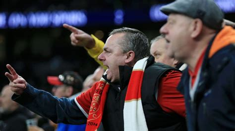tottenham fans cheer sheffield united supporters voiced