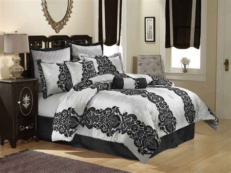 Master Bedroom With King Bed Size In French Style With
