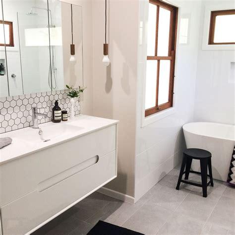 Modern Bathroom Tile Backsplash by Modern Retro Bathroom Hexagonal Tiles Beaumont