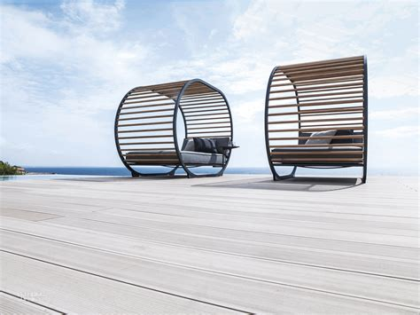 outdoor products  indonesian teak  gloster furniture
