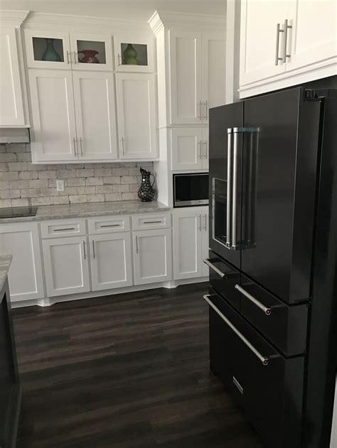 Kitchen Design Ideas Black Appliances by Best 25 Black Appliances Ideas On Kitchen