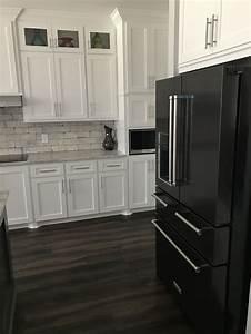black appliances white cabinets 2165