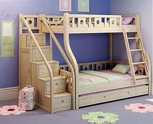 Kinderzimmer Für Zwei : hochbett mit treppe tolle vorschl ge ~ Indierocktalk.com Haus und Dekorationen