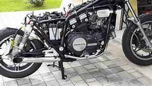 Honda Vf 750 : transformation honda vf 750 c en bobber youtube ~ Melissatoandfro.com Idées de Décoration