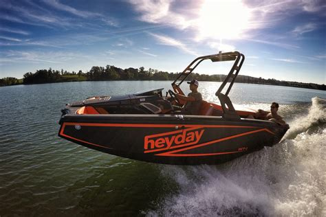 Wake Boat For Surfing by Bayliner Now Offering Innovative Heyday Wake Surf Models