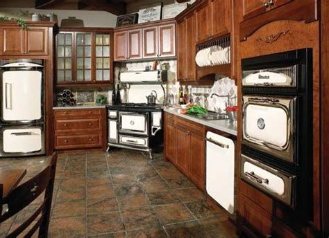 Heartland's Vintage Kitchen Appliances For A Truly Vintage