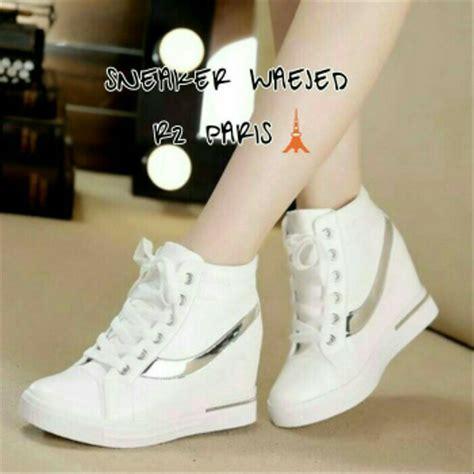 jual sendal sepatu boots wedges inside sepatu putih hak dalam sepatu wanita sneakers putih
