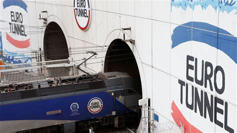 eurotunnel doubles profits   cars  trucks  shuttle