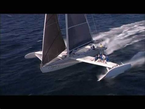 Trimaran Knots Speed by Hydroptere World Sailing Record 51 Knots