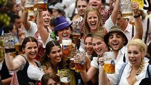 Traditionen In Deutschland : video la f te de la bi re est lanc e munich ~ Orissabook.com Haus und Dekorationen