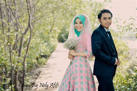 gaun bunga  pre wedding photoshoot