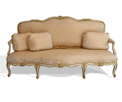 canape louis 15 important canapé d 39 époque louis xv vers 1745