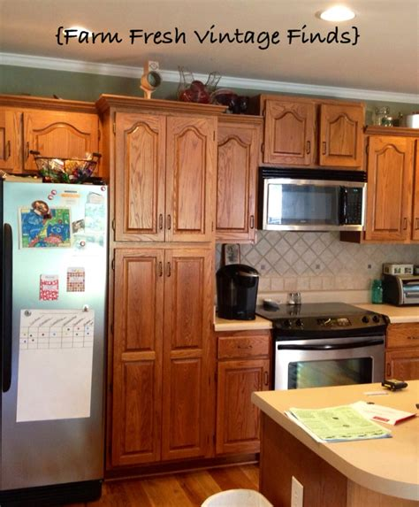 Fresh painting kitchen cabinets with annie sloan