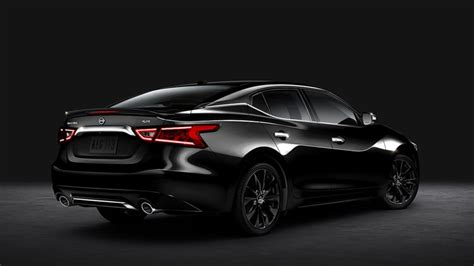 2017 Nissan Maxima Looks, Interior, Performance
