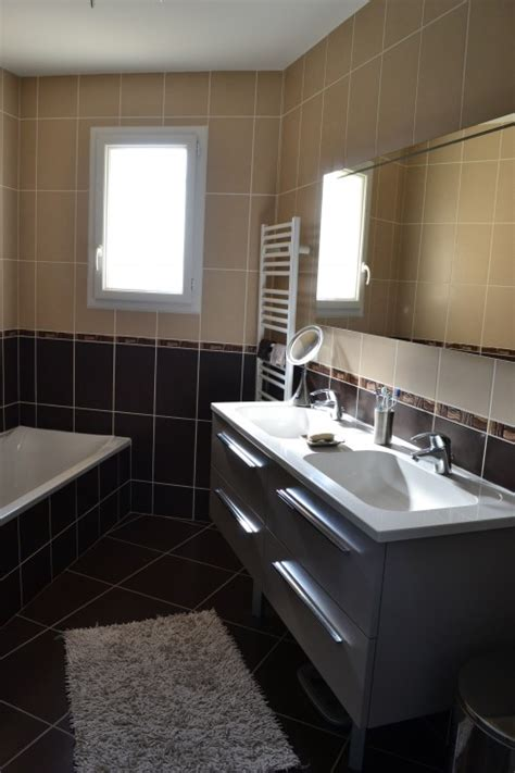 salle de bain marron et beige photo 1 7 3513773
