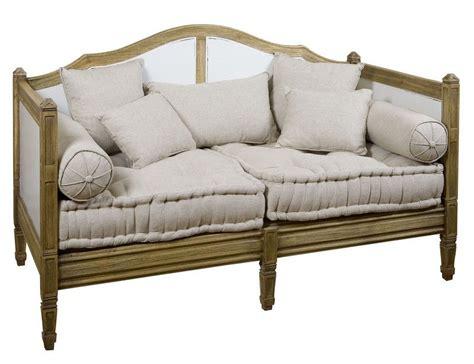 canapé avec coussin canapé avec coussin acajou pryam bois vieilli 139x74x93
