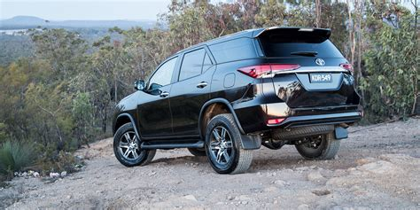 Toyota Nav1 Photo by 2018 Toyota Fortuner Pricing And Specs Photos 1 Of 15