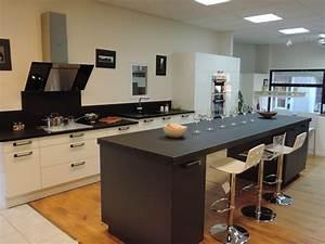 Plan De Travail De Cuisine : table plan de travail pour cuisine cuisine id es de ~ Edinachiropracticcenter.com Idées de Décoration