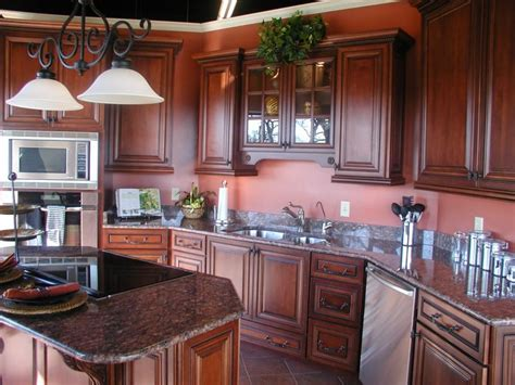 kitchen paint colors with mahogany cabinets brown mahogany kitchen cabinets mahogany wood 9512