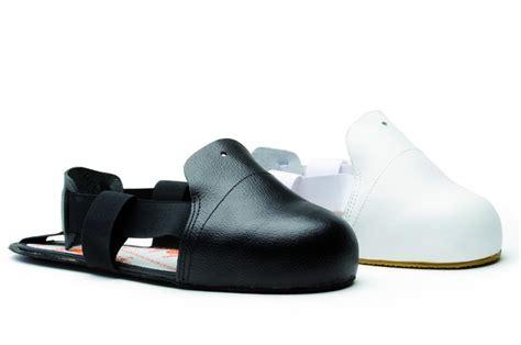 sur chaussure de securite visit en noir ou blanc s24 cotepro
