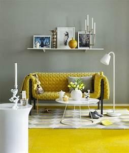 on met l39accent sur la couleur de peinture pour salon With tapis jaune avec promo canape relax
