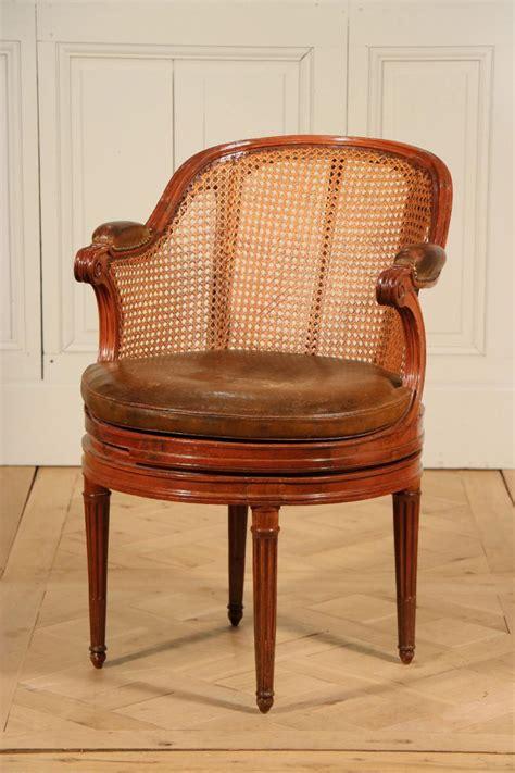 fauteuil tournant de bureau 233 poque louis xvi fauteuils