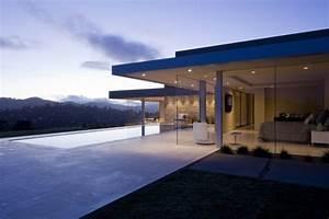 World of ArchitectureAmazing Home; Contemporary