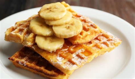 Receptes.lv - Banānu vafeles