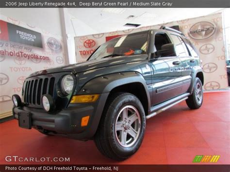 green jeep liberty renegade deep beryl green pearl 2006 jeep liberty renegade 4x4