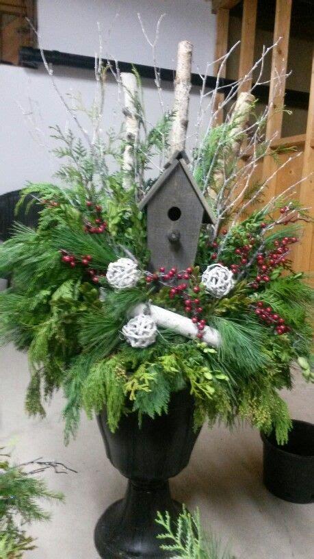 ideas  christmas urns  pinterest outdoor
