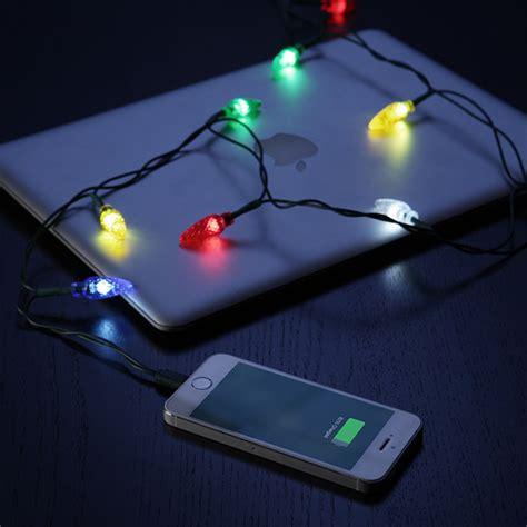 christmas light phone charger star trek iphone merry charger thinkgeek
