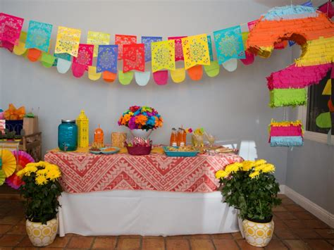How To Throw A Fiestastyle Gender Reveal Baby Shower Diy