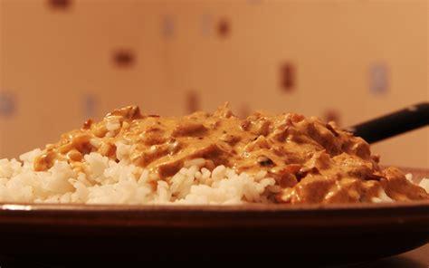 cuisine avec du riz recette riz avec sauce oignon thon tomate économique et