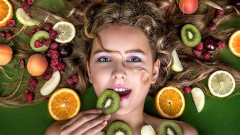 alimenti per capelli cibi per capelli i 15 alimenti fanno bene ai capelli