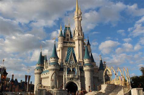 Coronavirus Poll - Walt Disney World Is Reopening July 11 ...