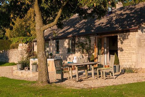 luxury cottage holidays luxury cottage in the cotswolds dryhill cottage