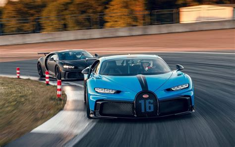Formula 1 driver juan pablo montoya took the bugatti chiron to 249 miles per hour back to 0 in just 42 seconds. 15 Years Ago The Bugatti Veyron Broke The 400km/h Barrier - Automacha