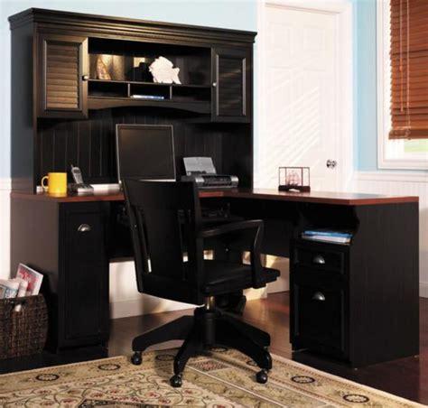 black home office desk with hutch un bureau informatique d angle quel bureau choisir pour