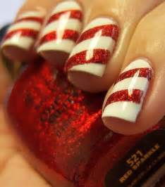 Stylish and easy diy christmas nail art designs