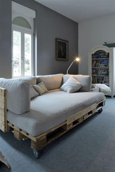 faire un canapé avec des palettes fabriquer un canape en 28 images comment fabriquer un