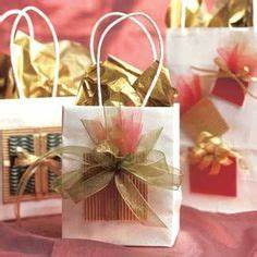 1000 images about Gift Bag Ideas on Pinterest